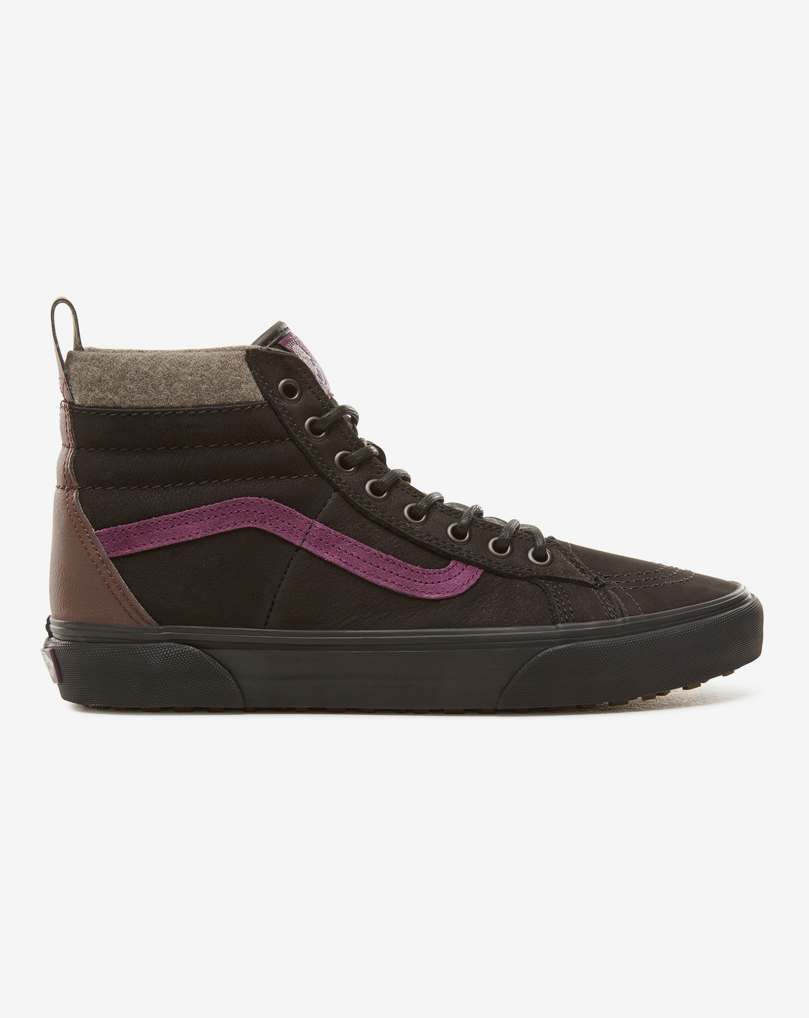 detail UA SK8-HI 46 MTE DX BLACK/PURPLE