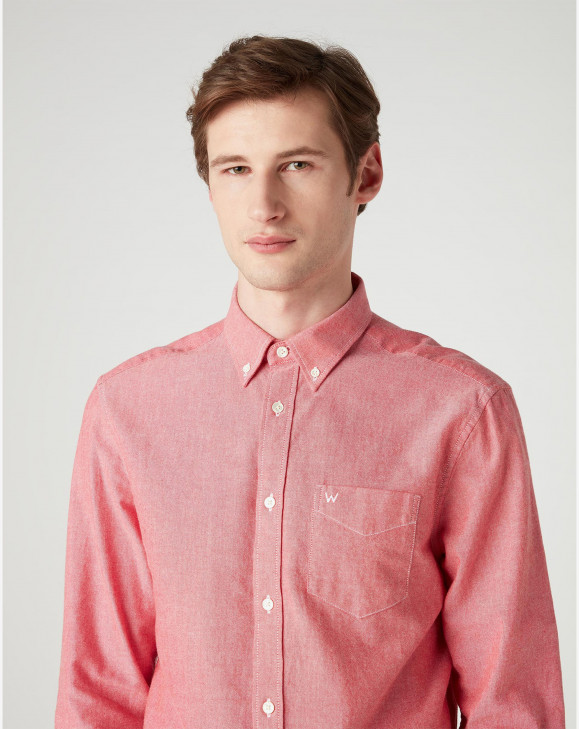 detail LS 1 PKT BUTTON DOWN REDLIGHT